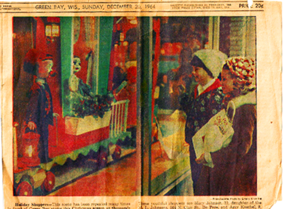 Prange's Window Green Bay Newspaper Clipping