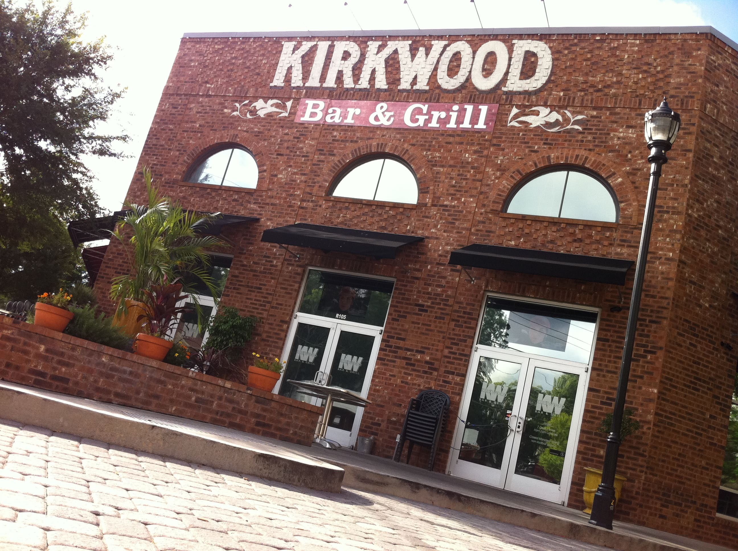 Grilles Tv Bein Sport Residents Try To Shutter Kirkwood Bar And Grill Owner Tweets They