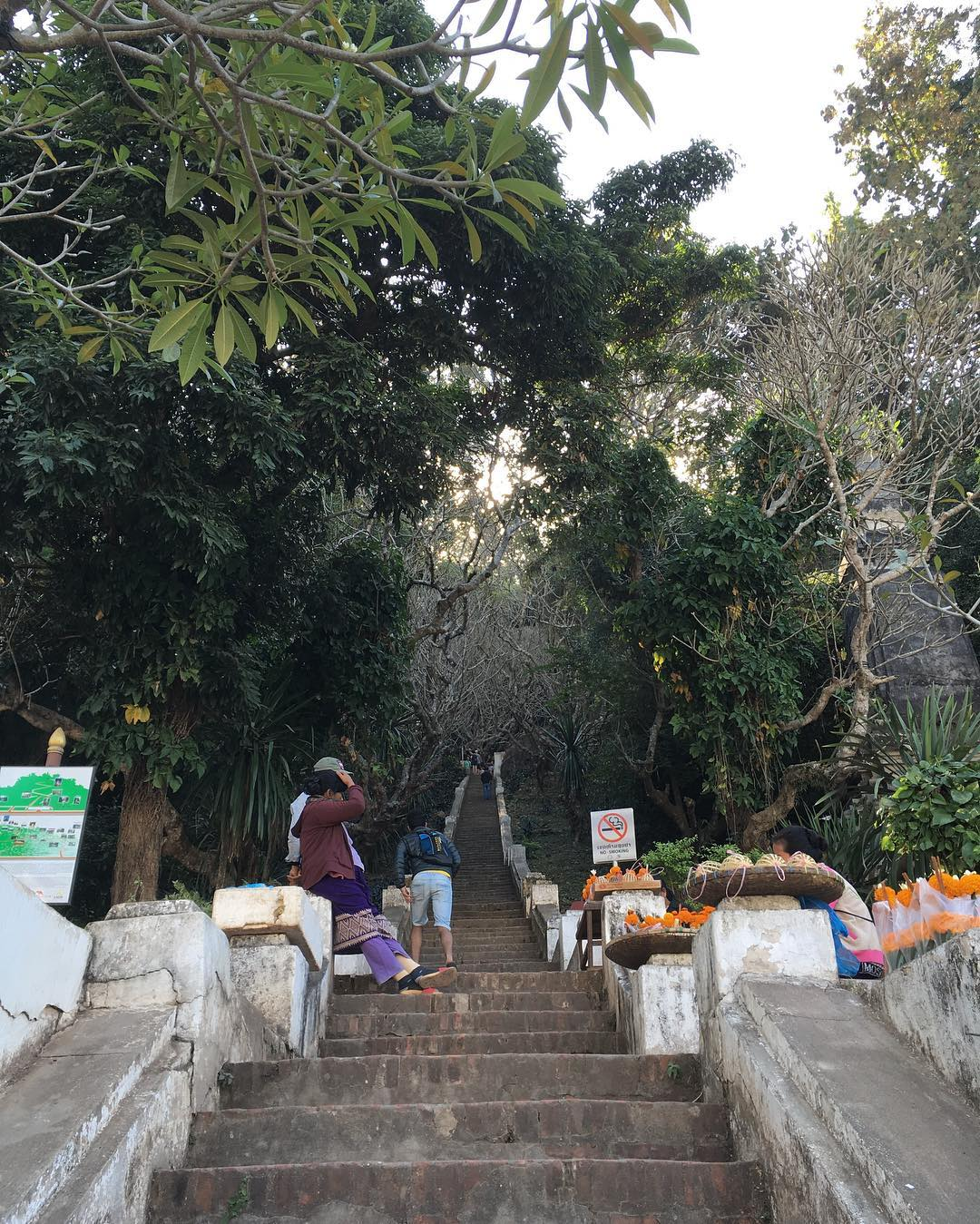 The flight of stairs going up the Mount Phou Si.