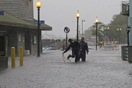 15-dead-floods-damage-outages-usec