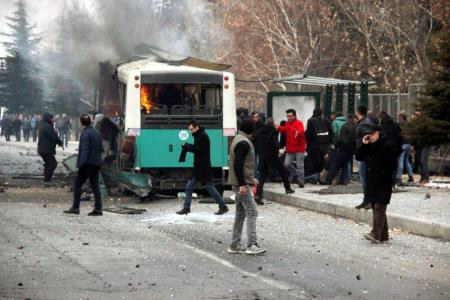 13-48-turkey-car-bomb