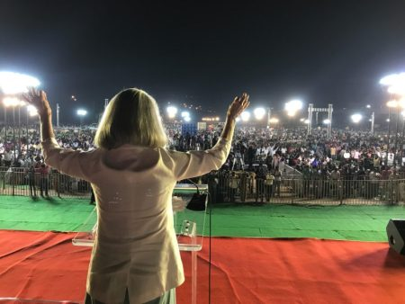Anne Graham Lotz at an evangelistic event in India in January 2018. (PHOTO: ANNE GRAHAM LOTZ)