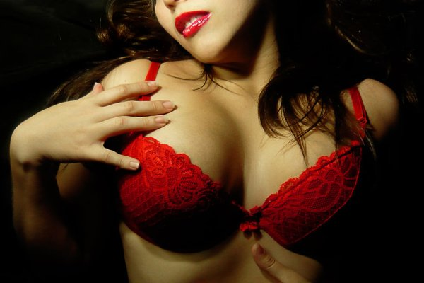 7-sexy-novels-vampire-style