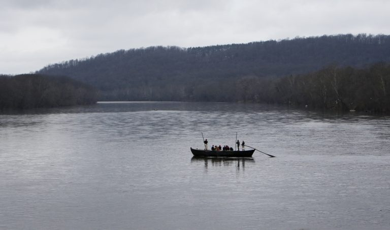 With Delaware River running low, Philly area Christmas tradition may