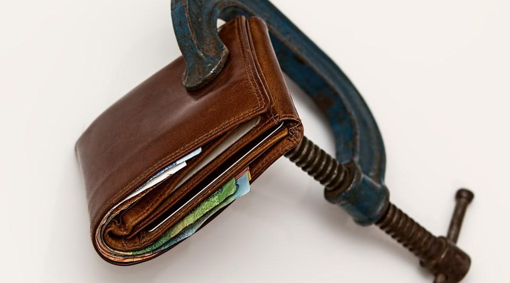 Wallet money squeeze clamp 522549_1280