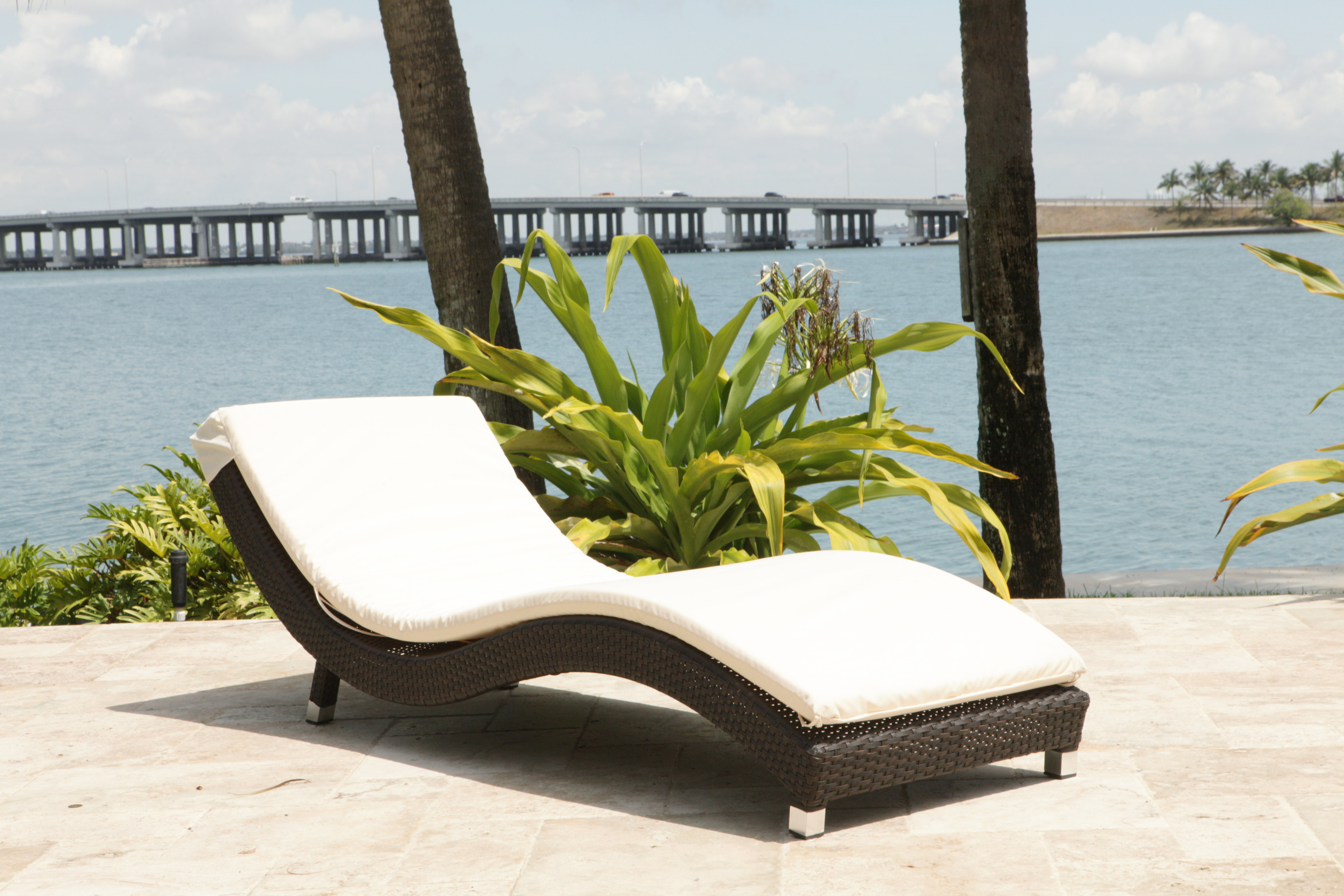 Outdoor Chaise Lounge Source Outdoor Wave 2 Piece Wicker Chaise Lounge Set