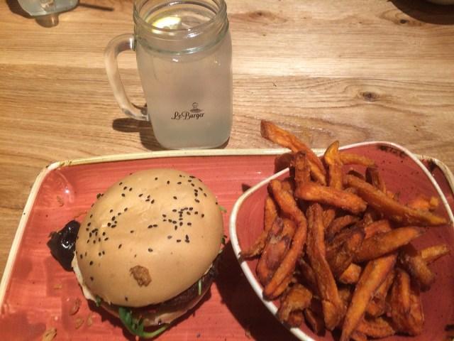 Le-Burger_Wien-mit-Kind
