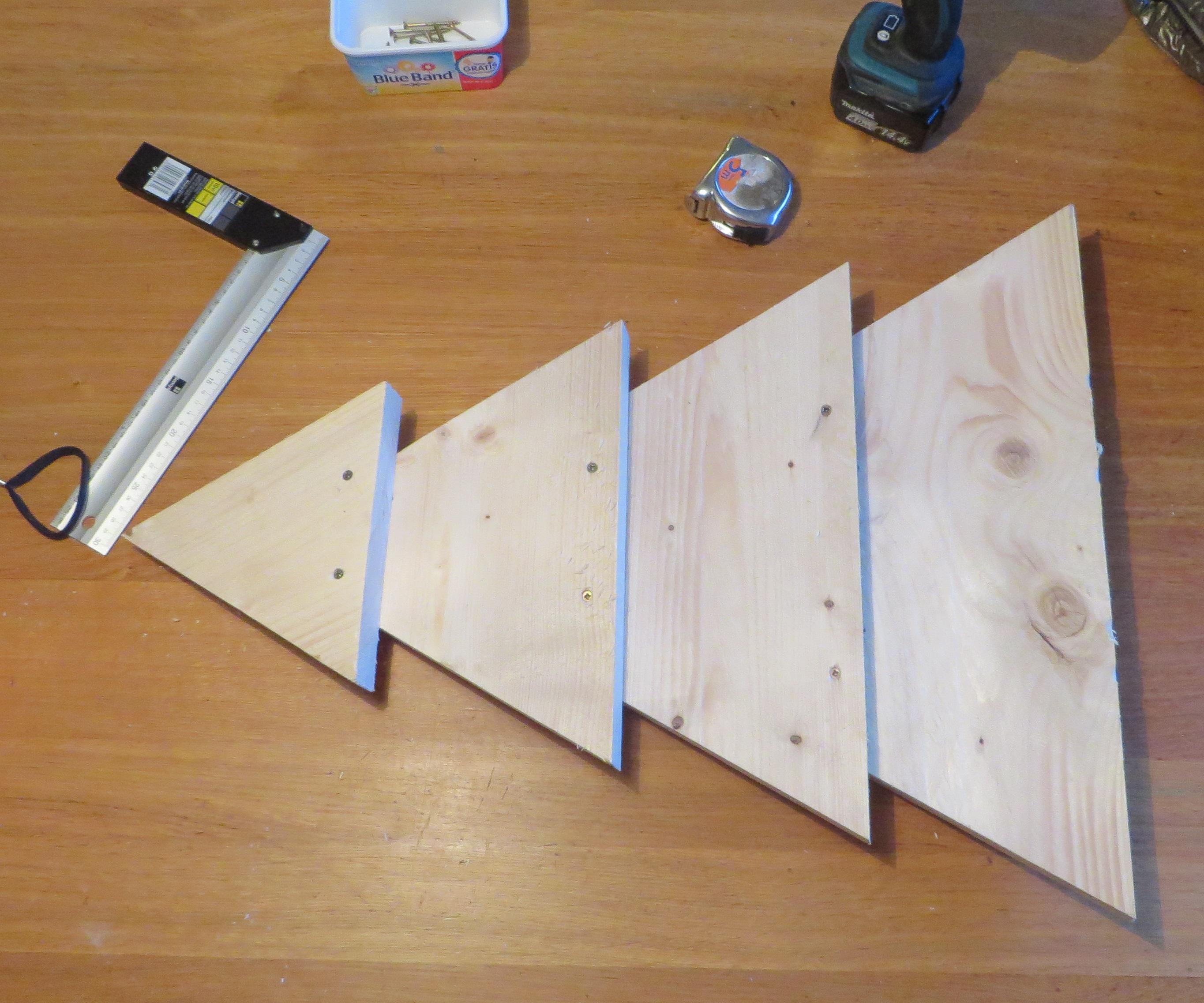 Praxis houten planken houten onderkast badkamer nieuw praxis