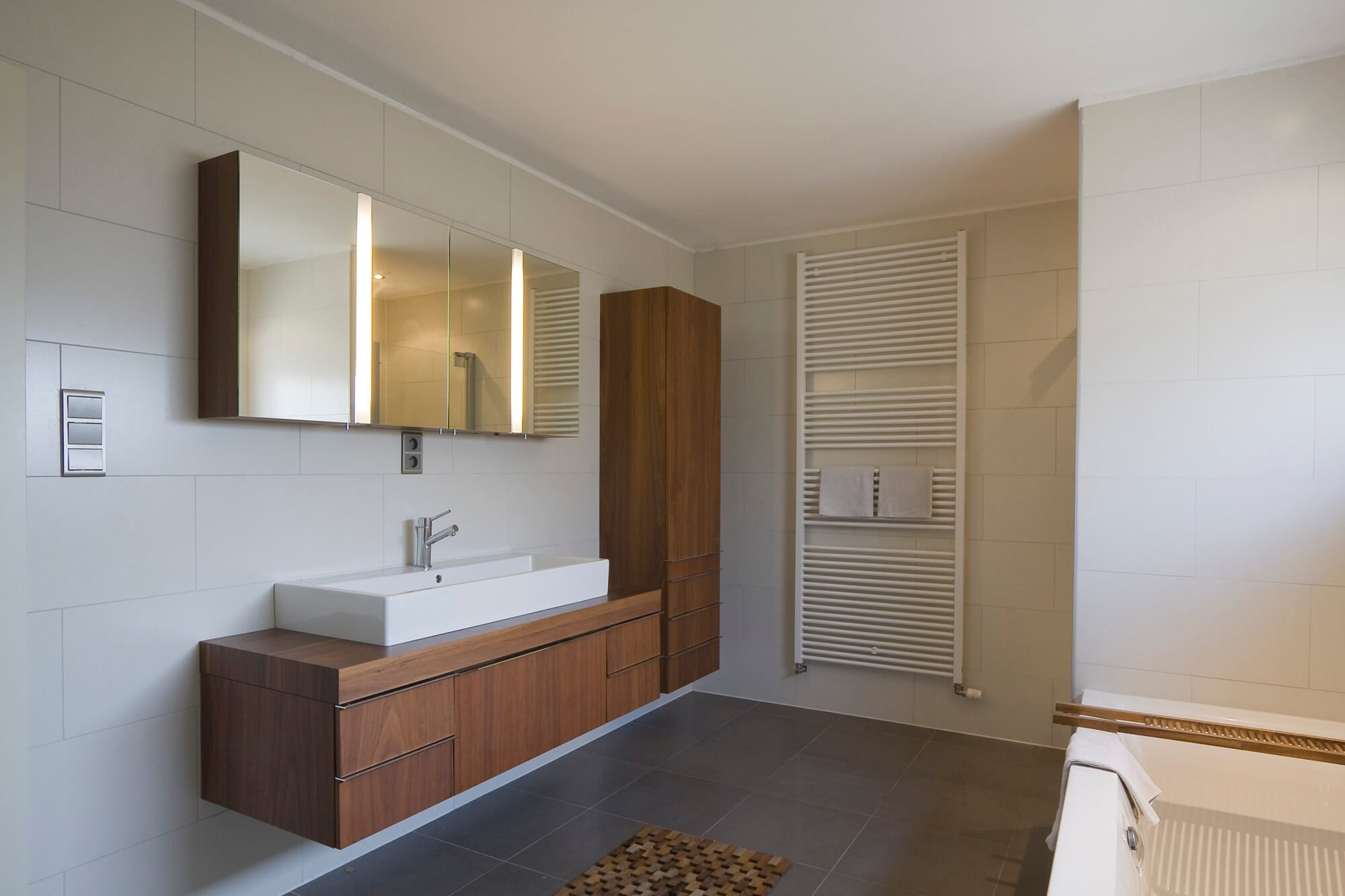 Betegelen Kleine Badkamer : Badkamer verbouwen tips badkamer verbouwen wilms