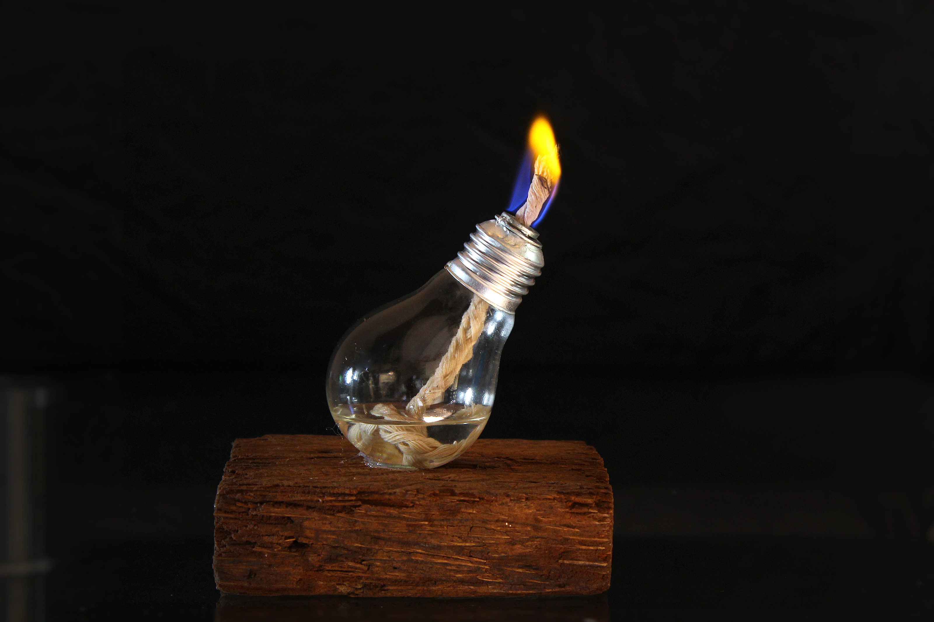 How To Make A Nightlight How To Make A Light Bulb Oil Lamp With Pictures Wikihow