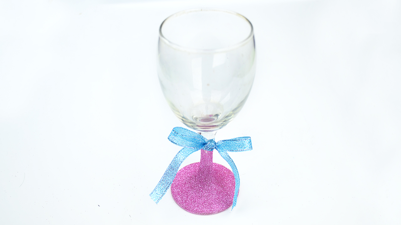 Flat Bottom Stem Wine Glasses How To Glitter Wine Glasses 15 Steps With Pictures Wikihow
