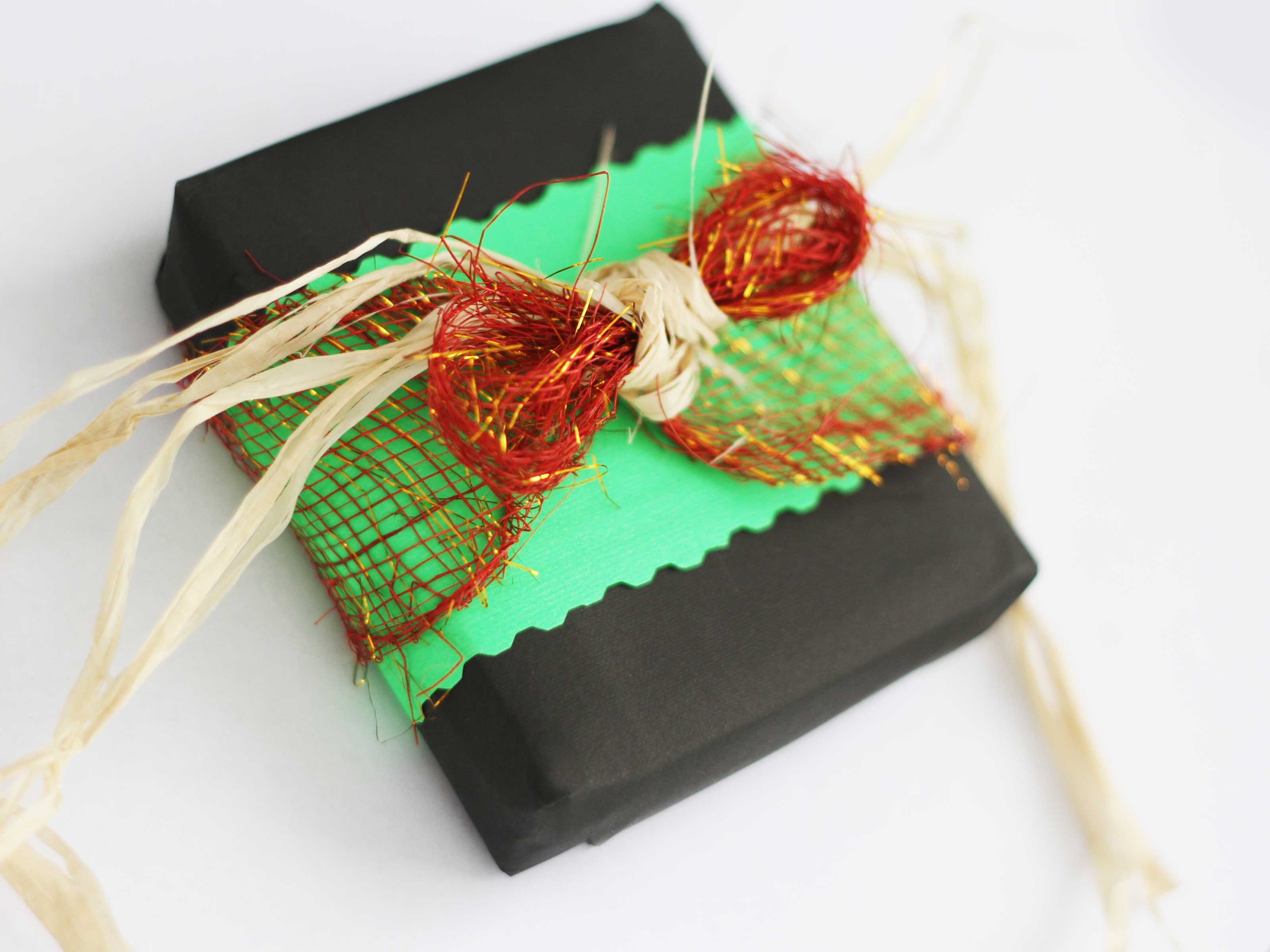 Traditional Gifts For New Homeowners How To Wrap A Kwanzaa Gift 6 Steps With Pictures Wikihow