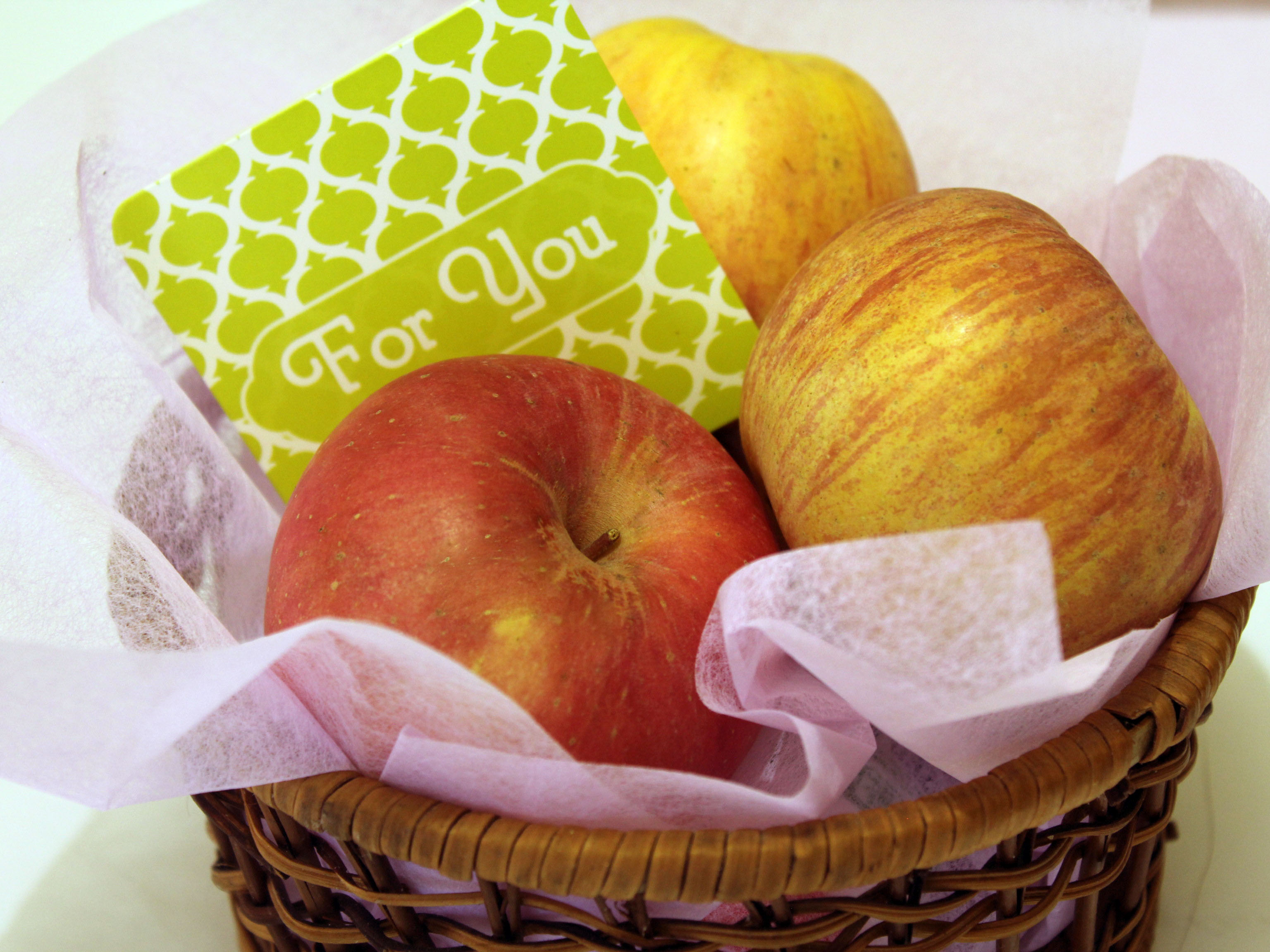 Gift Ideas For New Homeowner How To Make A Gift Basket For A New Homeowner 5 Steps