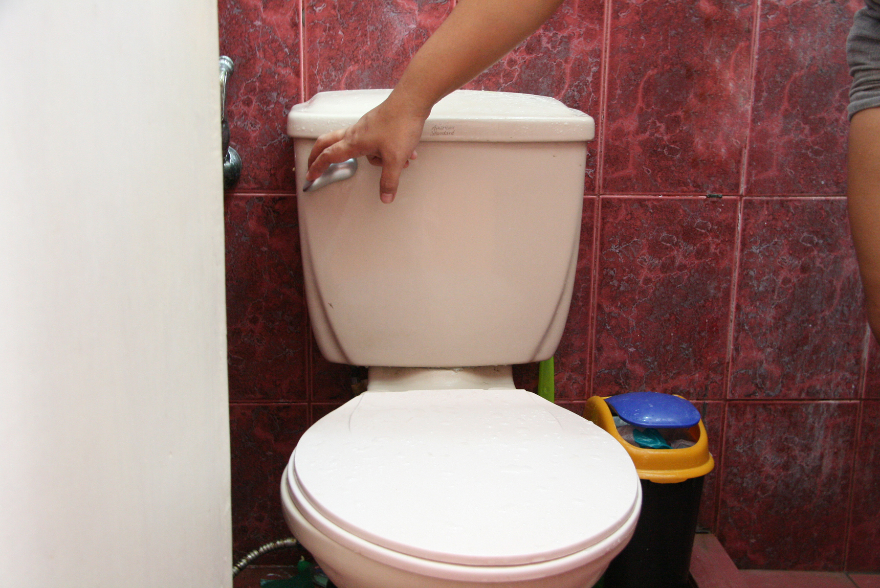 Install A Toilet How To Install A Toilet Handle 14 Steps With Pictures Wikihow