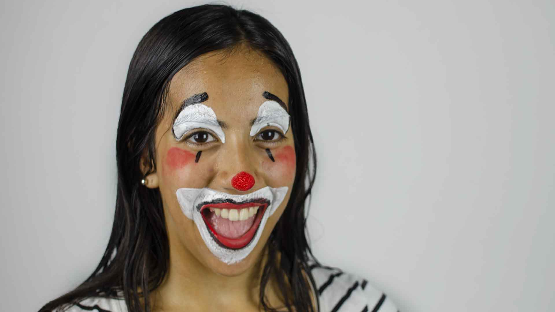 Creepy Clown Schminken How To Face Paint A Clown With Pictures Wikihow