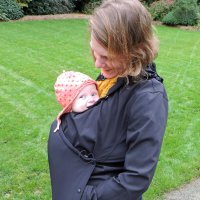 Kowalli's Joey Jacket Review: Maternity, Babywearing & Beyond