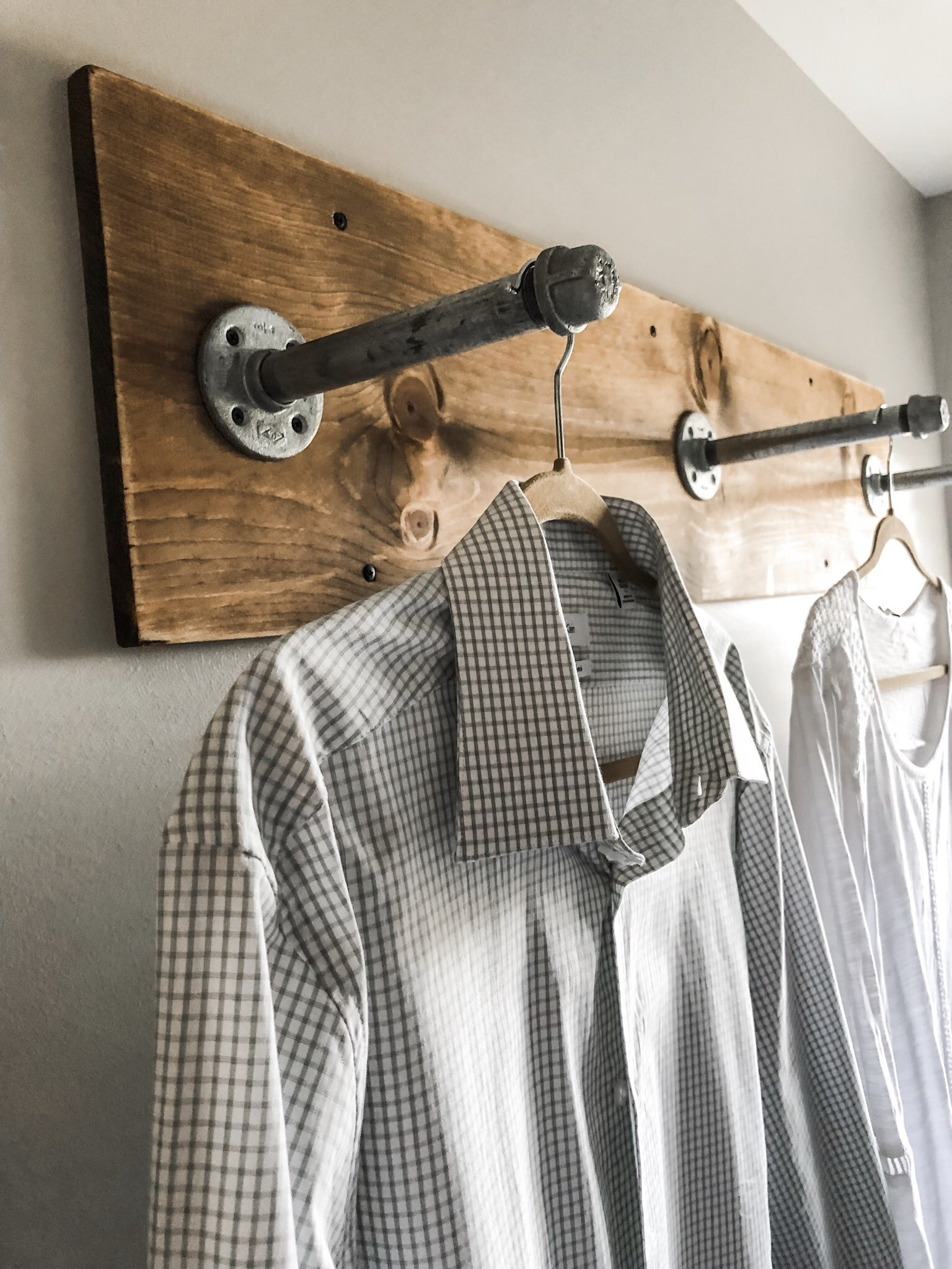 Industrial Clothing Rack Diy Clothing Rack For Your Laundry Room With Industrial Pipes