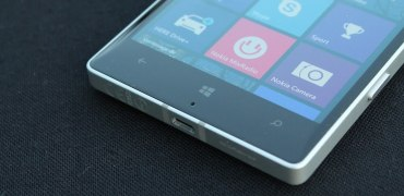 Nokia Lumia 930 windows phone buttons