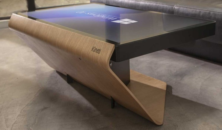 Table kineti erster couchtisch mit windows 10 f r 5000 euro for Table kineti