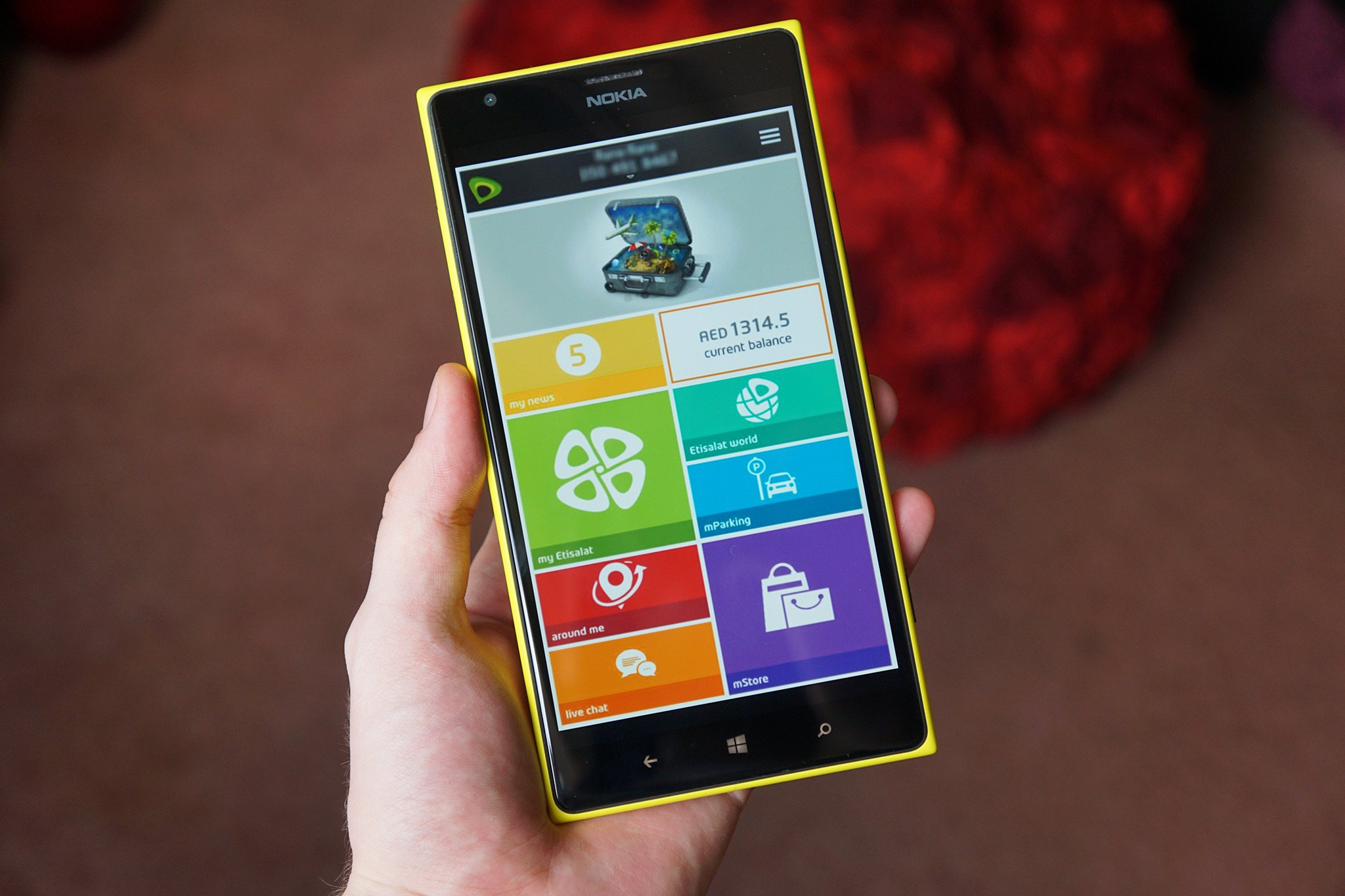 Mettsalat Uae Carrier Etisalat Shows Support For Windows Phone With Official
