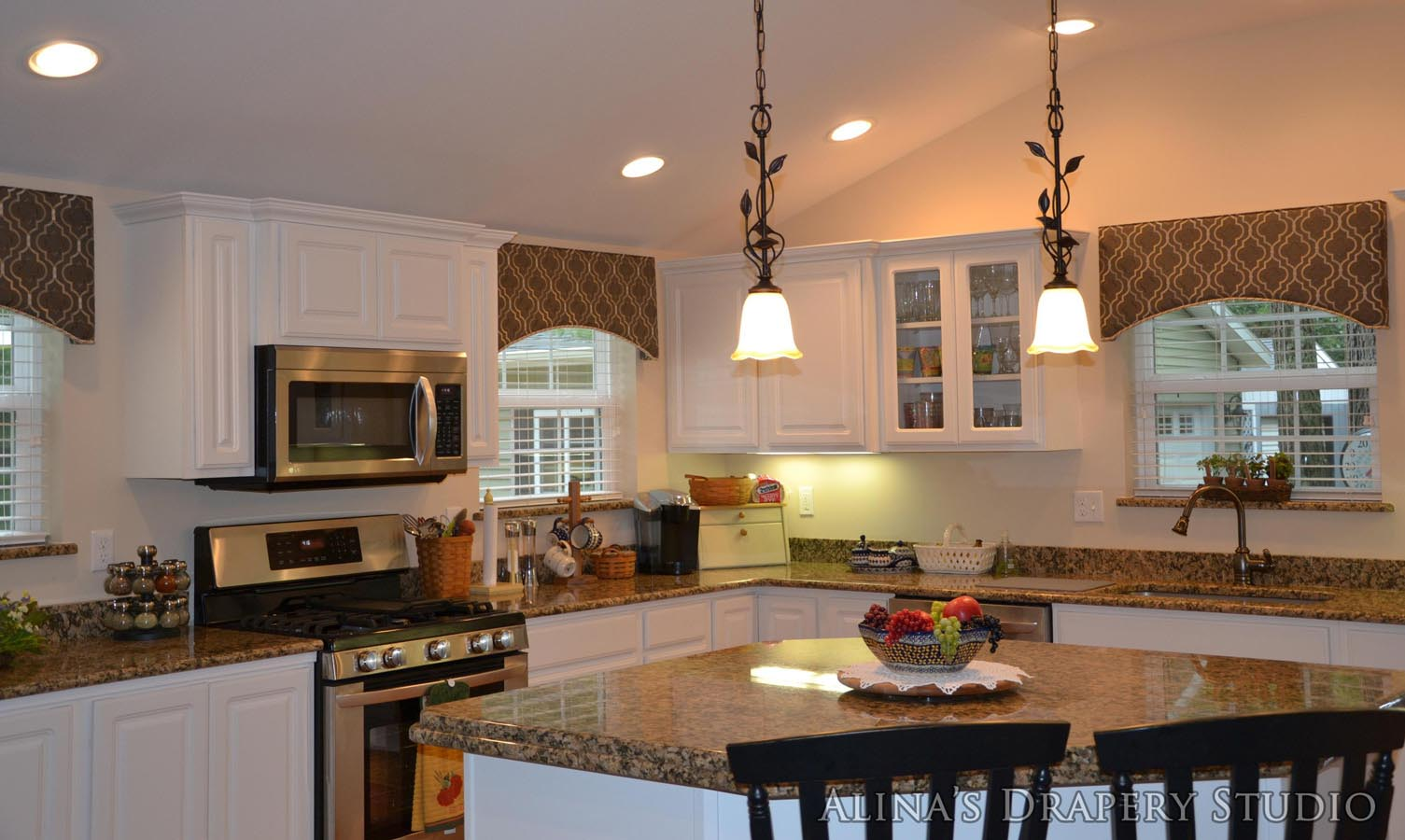Kitchen Cornice Window Treatments