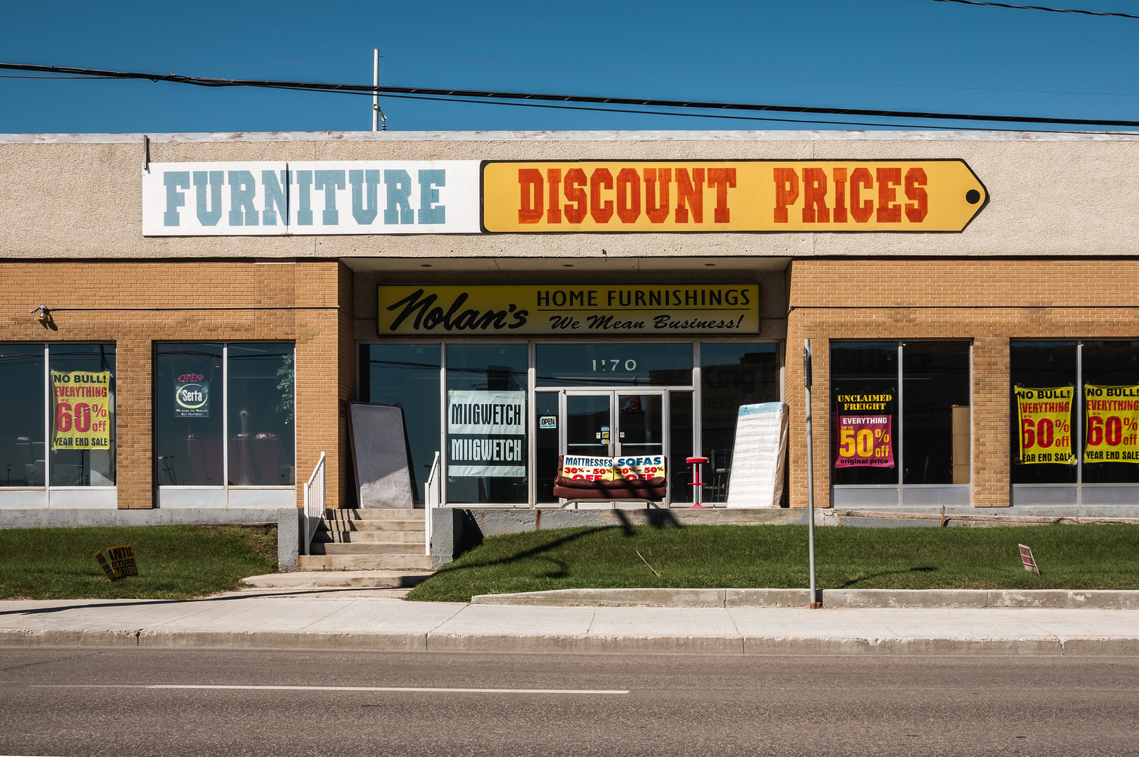 Discount Furniture Stores Winnipeg More Retail On St James Winnipeg Love Hate