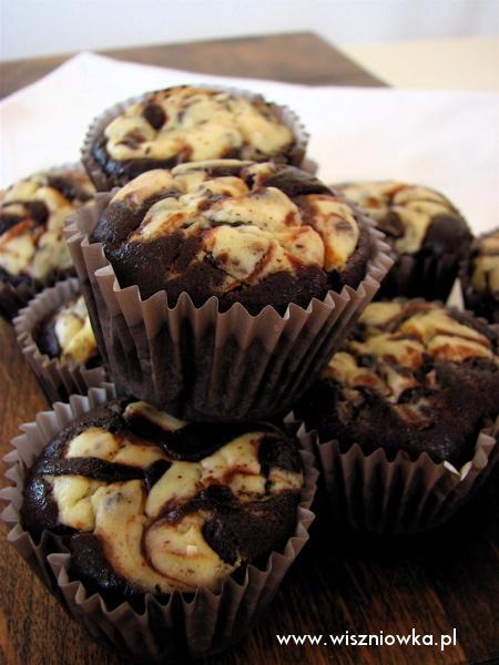 babeczki czekoladowo-sernikowe