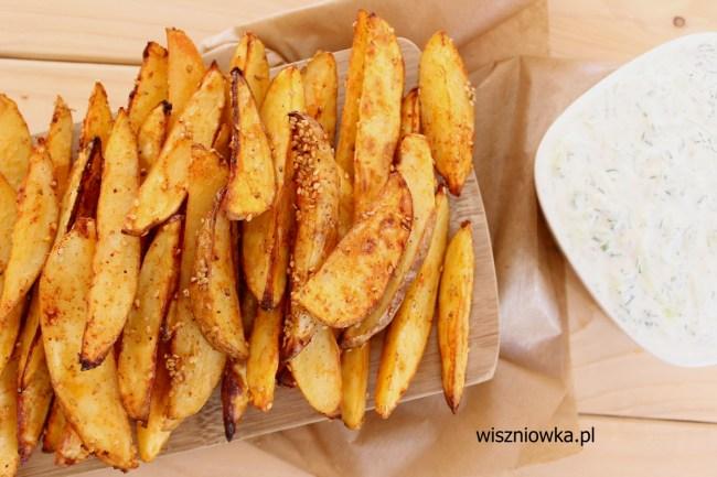 Pieczone ziemniaczki z sosem Tzatziki