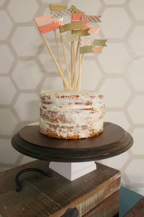 how to make a cake stand at home