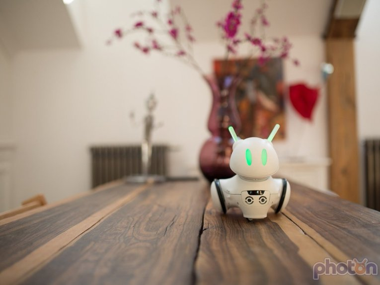 Photon Robot- A Robot that grows with your child 2