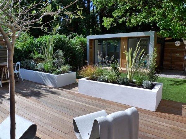 Pflanzkübel-Garten-Gestaltung-Ideen-Moderne-Urbane-Gärtenjpeg - garten am hang