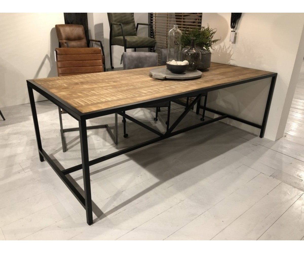 Industriedesign Tisch Tisch Industriedesign Metall Esstisch Metall Industrie Tisch