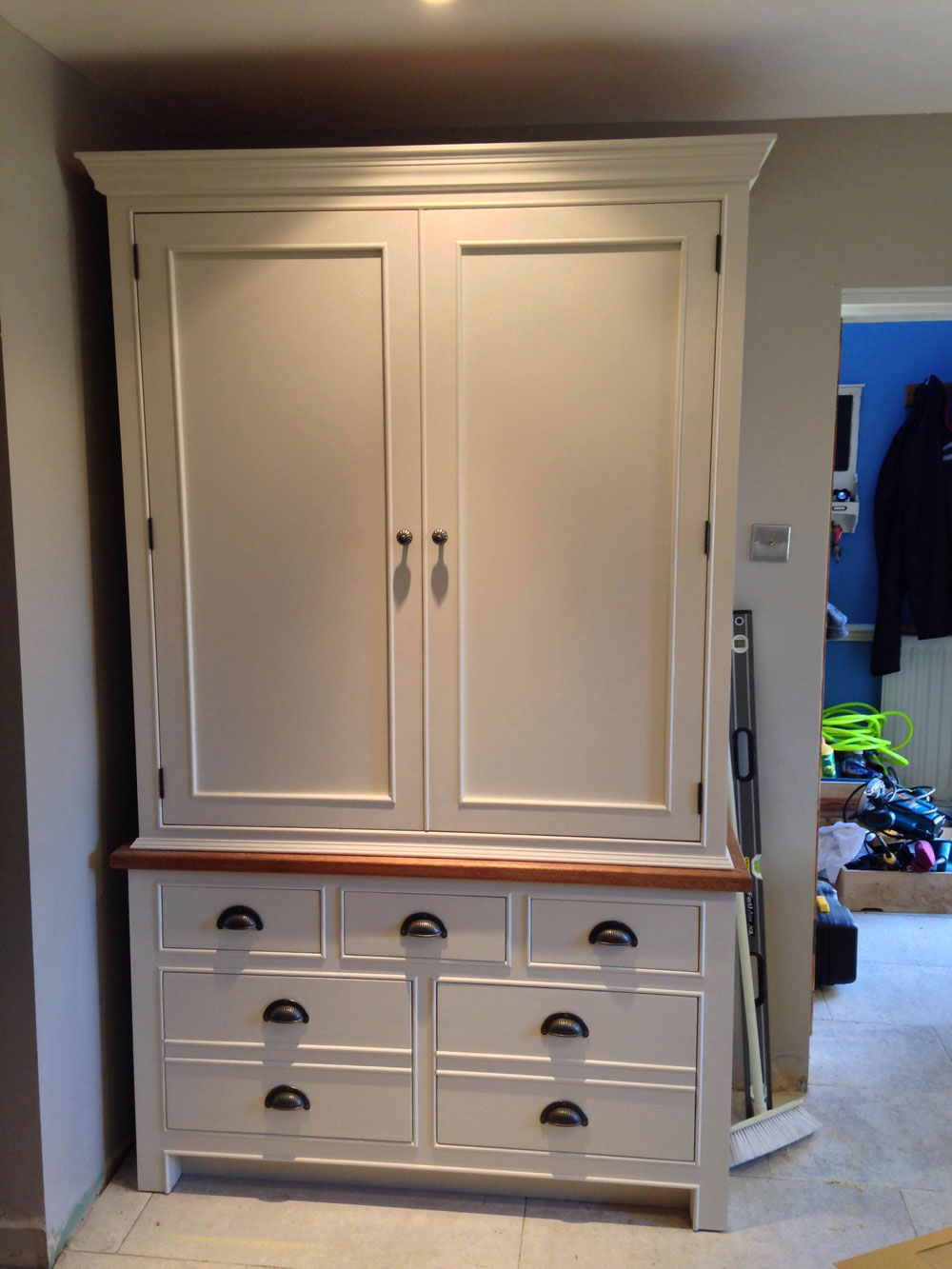 Living Room Cabinets Kitchen Larder Cabinets - Wolds Furniture Company