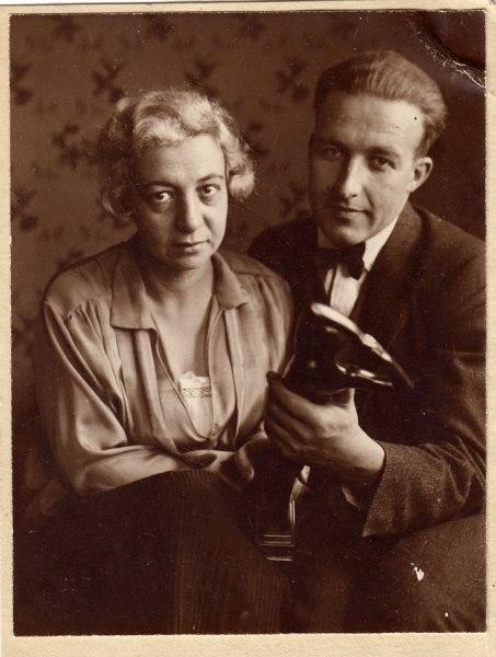 Wolfgang and Yvonne 1925