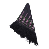 Embroidered Scarves : Triangle Shawl