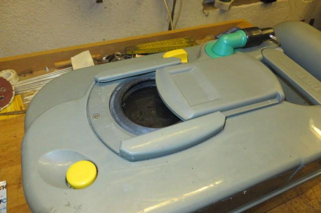 wenn die toilettenkassette undicht ist dichtungswechsel selbstgemacht kleine fluchten. Black Bedroom Furniture Sets. Home Design Ideas