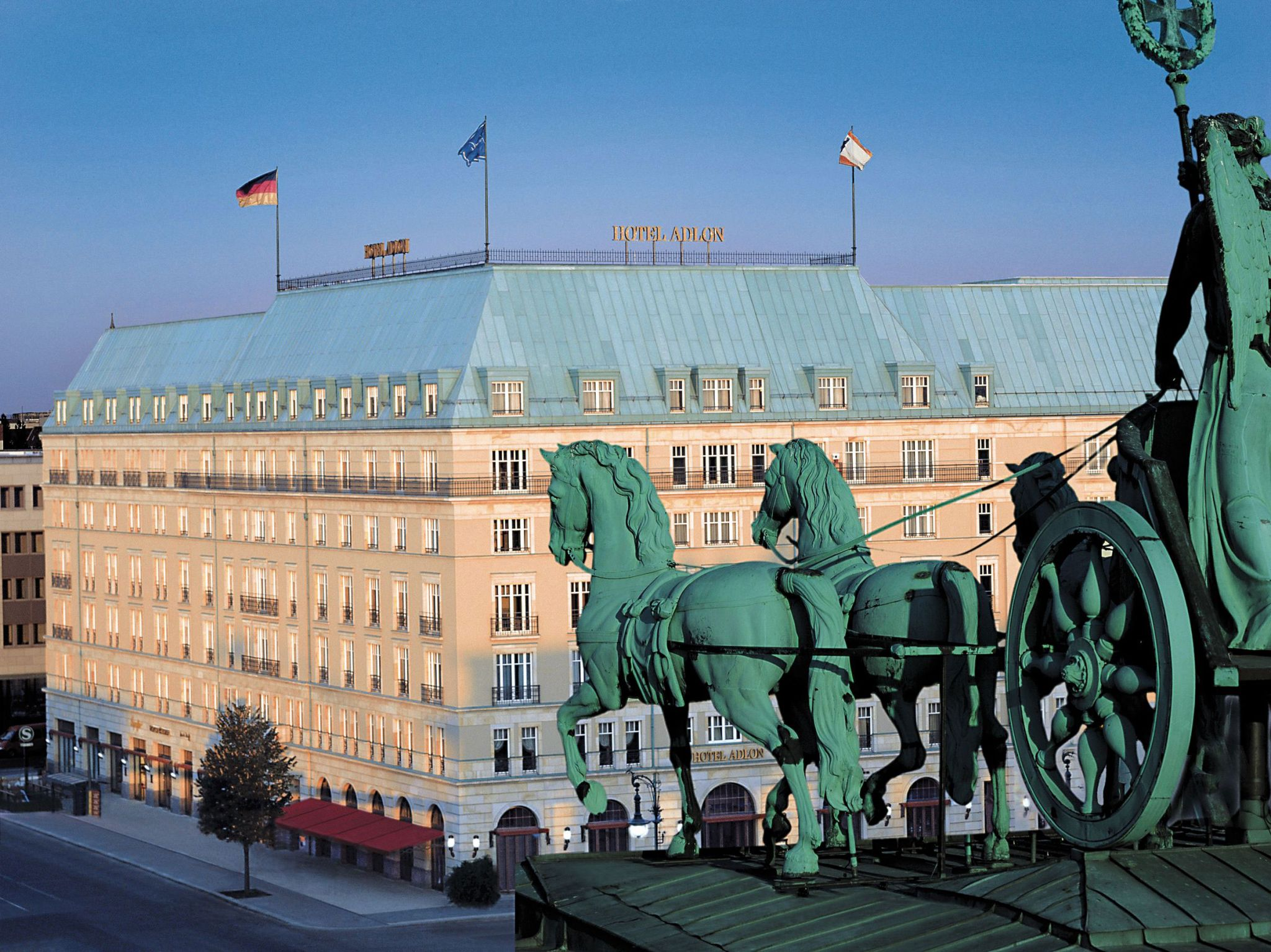 Lorenz Esszimmer Berlin Wonderful Communications A Luxurious Stay In Beautiful Berlin