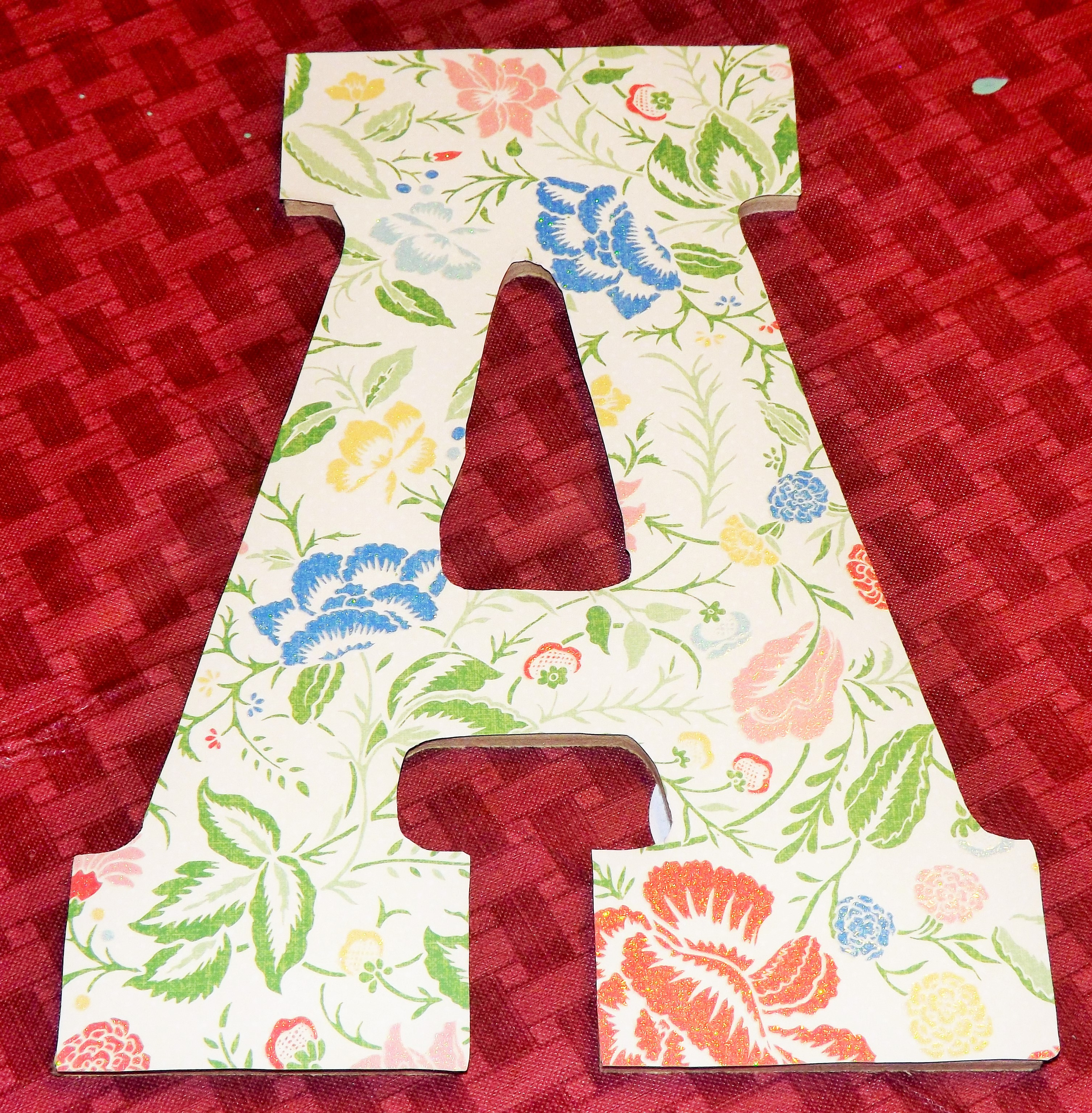 How to glue scrapbook paper to wood letters - Download
