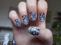 WonderfulWolf | Zebra Stripe Nail Design