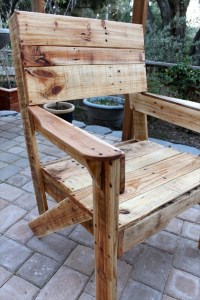 21 Ideas for Awesome Pallet Chair