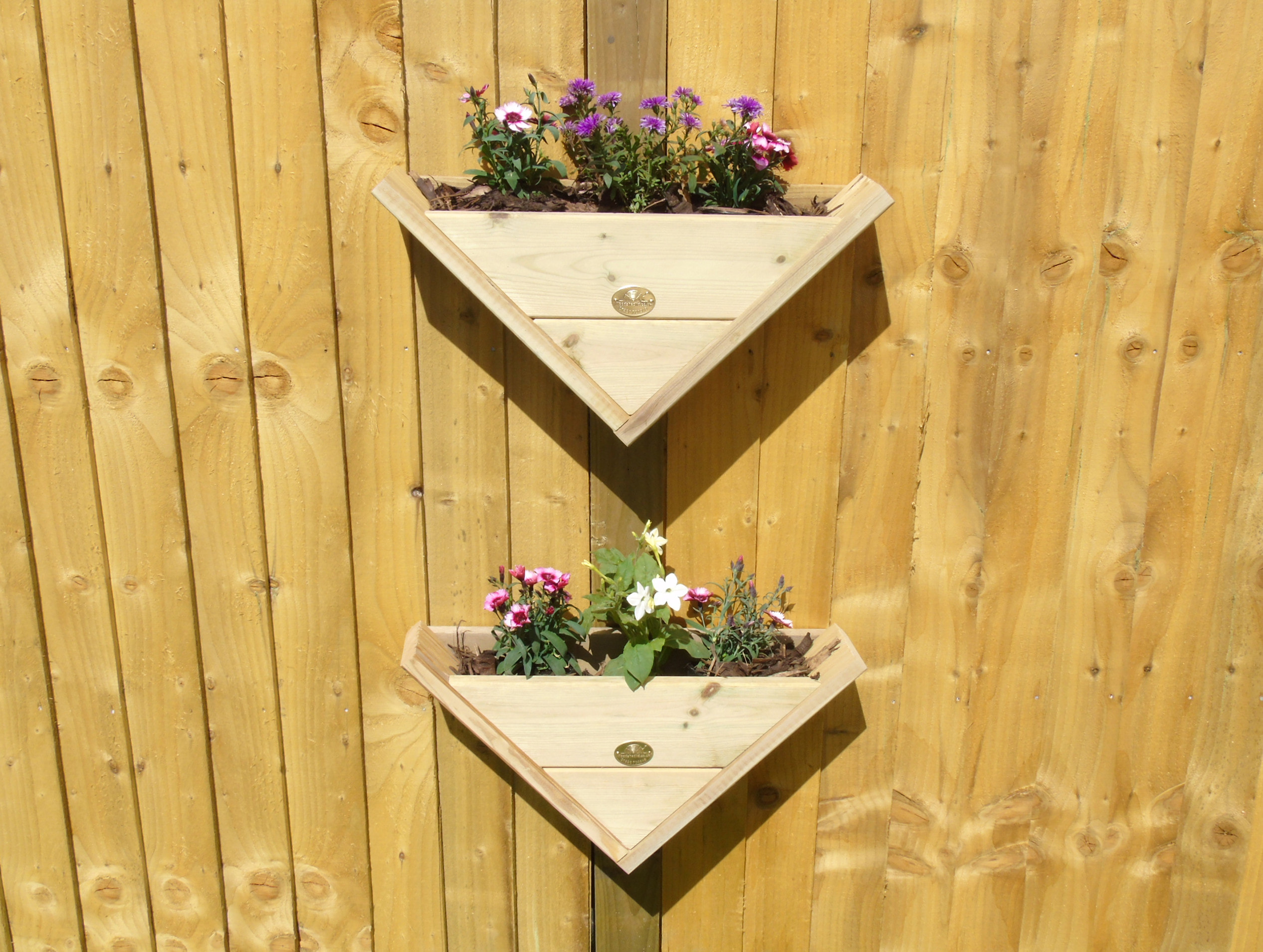 Large Wall Mounted Planters 90 Triangle Wall Hanging Fence Post Mounted Reverse