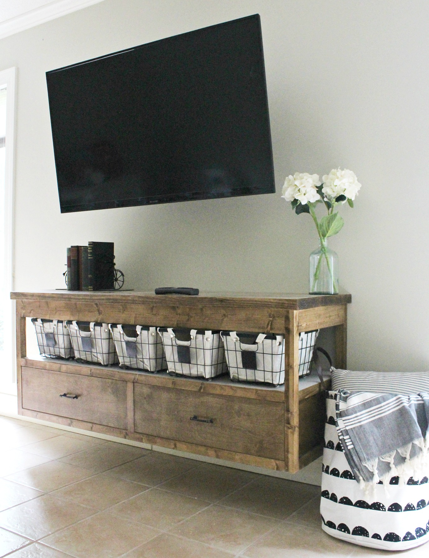 Diy Small Entertainment Center Diy Floating Tv Shelf