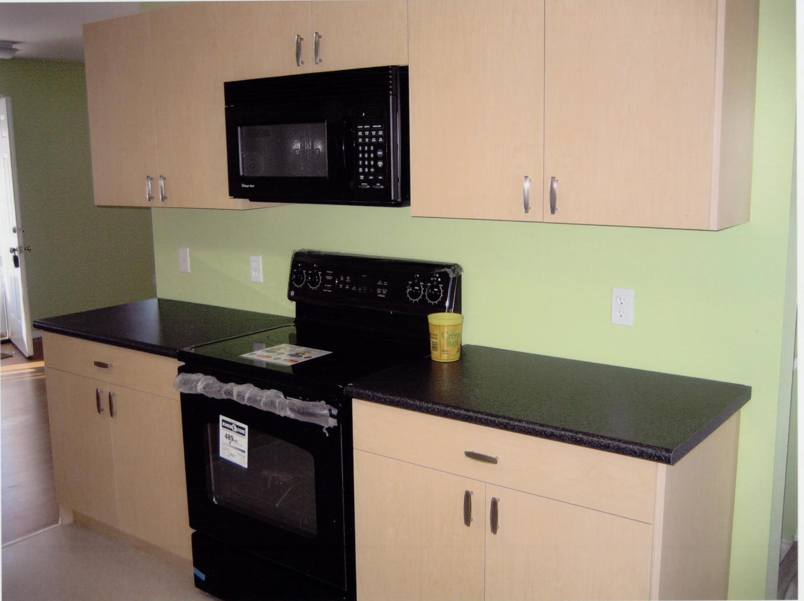 Maple Melamine Kitchen Cabinets Vs Wood Maple Melamine Kitchen