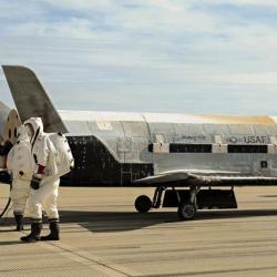 Top-secret space plane lands after Two Years in orbit