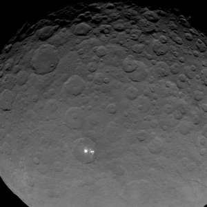 Ceres bright 'Alien' Spots seen closer than ever