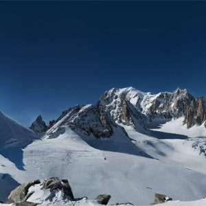 Mont Blanc panorama made of 70,000 pictures