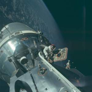 NASA Releases over 8,000 HD photos from the Apollo Missions