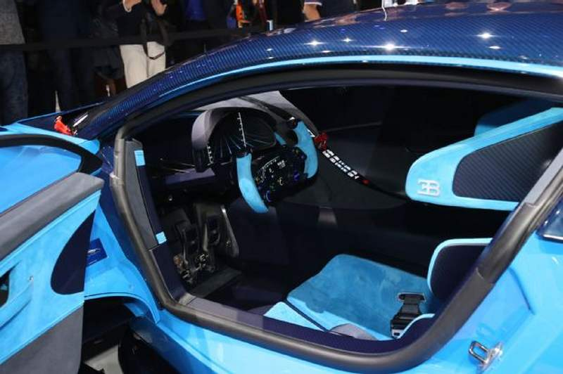Fastest Car In The World Wallpaper 2015 Bugatti Officially Announce Chiron Wordlesstech