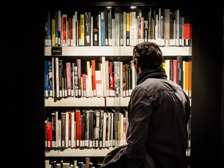 Books40x30 cm16x12 in25'00 Eur.