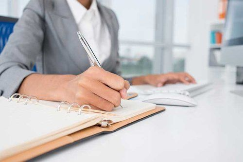 Administrative Assistant Interview Questions and How to Answer Them
